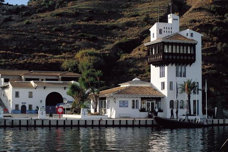 Puerto Almuñécar