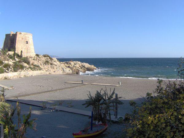playa el tesorillo de Almuñécar
